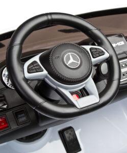 kierownica z wnętrzem mercedesa gls63